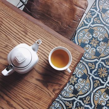Teapot and cup of tea - бесплатный image #136533