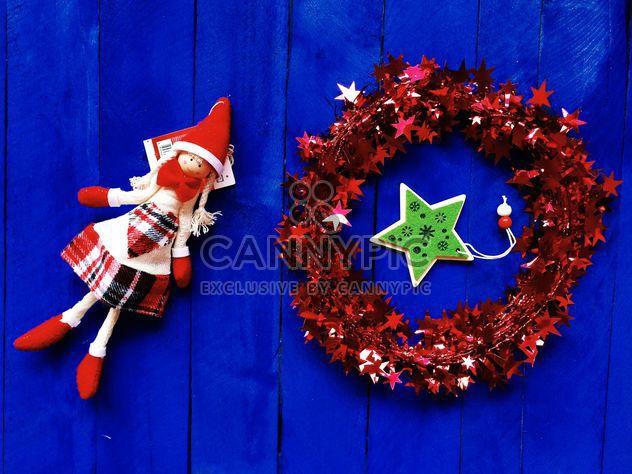 Décorations de Noël sur fond bleu - Free image #186603