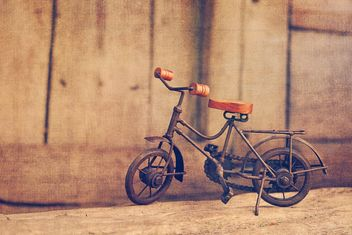 Vintage toy bicycle - image #186653 gratis