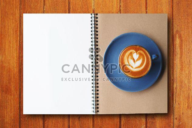 Café y notebook - image #186973 gratis