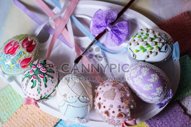 Huevos de Pascua en placa - image #187593 gratis