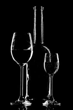 wine glasses and bottle silhouette - image gratuit #187673