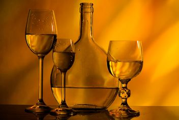 Goblets and bottle - image #187733 gratis