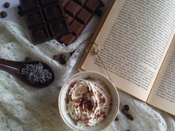 Hot chocolate with whipped cream - image gratuit #198763