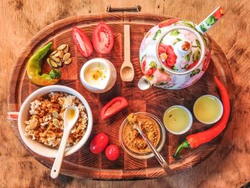 Breakfast on wooden tray - бесплатный image #198923