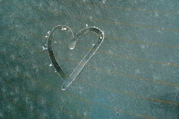 Frozen heart - image #279443 gratis