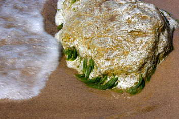 Water versus rock - image gratuit #284373