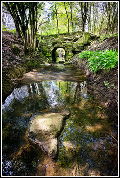 Little Crumbling Bridge - image gratuit #291663