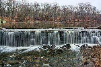 Winter Falls - image #295773 gratis