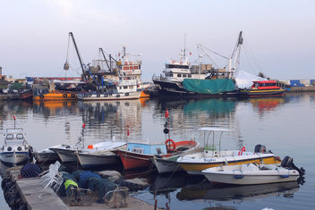 Turkey (Tekirdag) A charming fishing harbour - Kostenloses image #299153