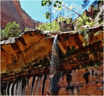 Middle Emerald Pool Falls 4-14 - image #300413 gratis