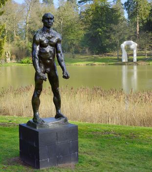 Auguste Rodin exhibition in National park in Gwynedd - image #304493 gratis