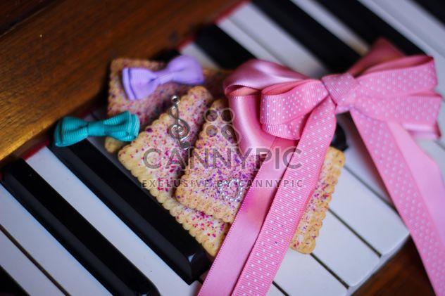 Décoré de piano - Free image #304643