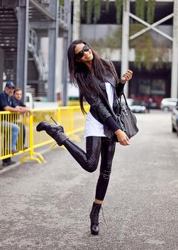 Chanel Iman wearing Benjamin Eyewear