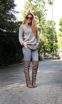 boots and jeans+over the knee boots with jeans+chunky knit sweater+red hair - image gratuit #314523