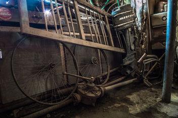 Abandoned Garage - Free image #319813