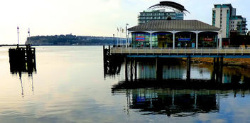 dailyshoot Cardiff Bay Reflections # wales #leshainesimages - image #324383 gratis