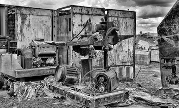 Scrapyard items - Free image #324723