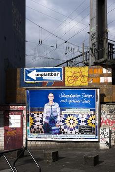 Candid streetart. - Free image #324993