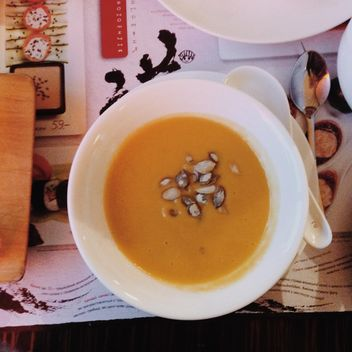 Bowl of Pumpkin Soup - image #330453 gratis