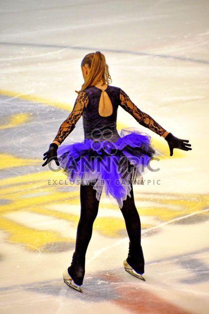 Dançarina de patinação no gelo - Free image #330923