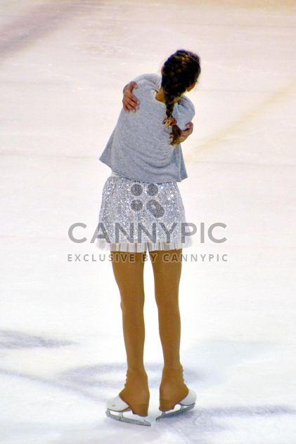Bailarina de patinaje sobre hielo - image #330943 gratis