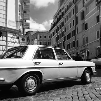 Old Mercedes car - image gratuit #331163