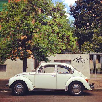 Volkswagen Beetle car - image gratuit #331343