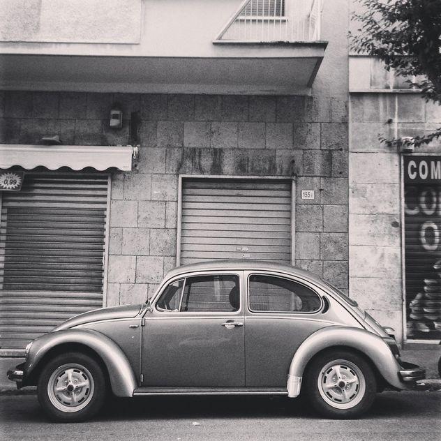 Retro Volkswagen Beetle car - Free image #331423