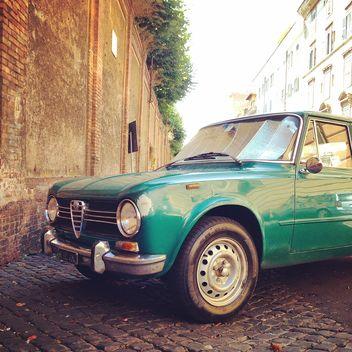 Green Alfa Romeo car - image gratuit #331493