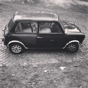 Retro Mini Cooper car - image #331653 gratis