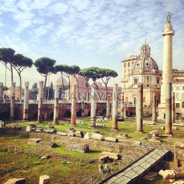 Roman Forum in Rome, Italy - image gratuit(e) #331793