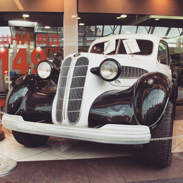 Detail of old BMW car - Free image #332203