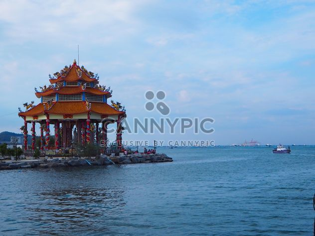 Guan Yin Shrine by the sea -  image #344193 gratis