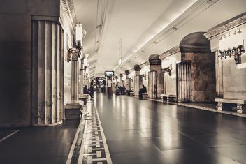 Interior of Moscow metro station - бесплатный image #345023