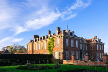 Stately home, United Kingdom - image gratuit #347023