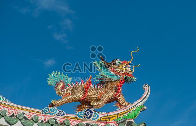 Bas-reliefs de stuc de Dragon dans un style chinois - image gratuit #347273