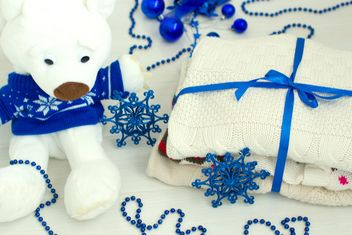 Christmas decorations, teddy bear and knitted clothes - бесплатный image #347993