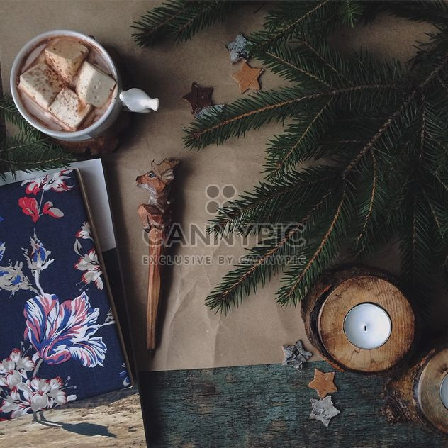 Candles, fir branches and mug of cocoa - image gratuit #136383