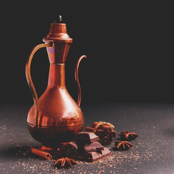 Teapot, chocolate and spices - image #136683 gratis