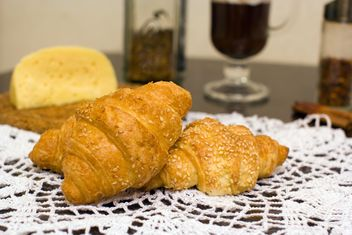 Fresh croissants for breakfast - бесплатный image #182573