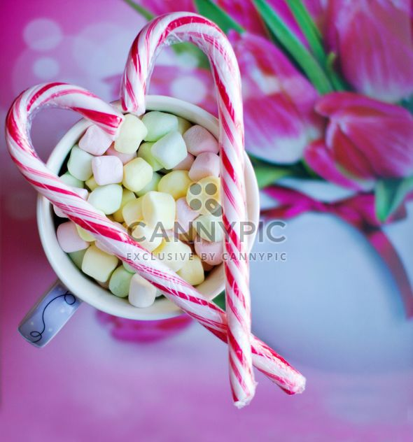 Candies on cup of marshmallows - Free image #182693