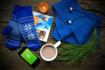 Book and coffee, music and Clashot, scarf and mittens - image #182793 gratis