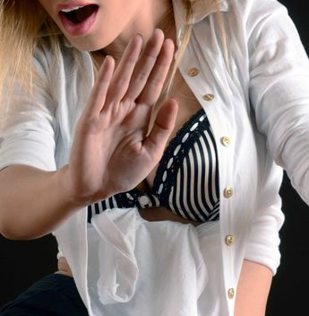 #hand #woman #sexy #sex #white #body #bra #mouth #palm #shirt - image gratuit #185733