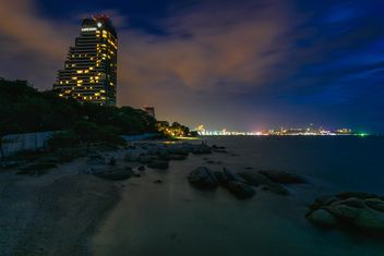 Pattaya beach at night - image gratuit #186103