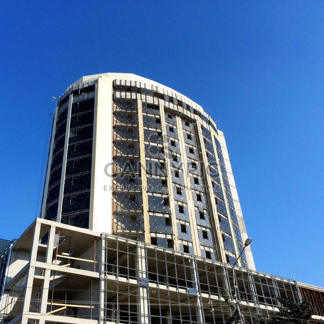 Construction of new building under blue sky - Free image #186223