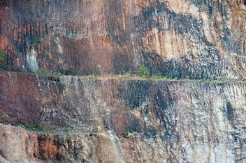Texture of brown rock closeup - Free image #186593