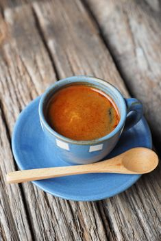 Espresso on blue cup - бесплатный image #186923