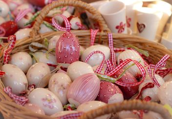 Easter eggs in basket - бесплатный image #187573