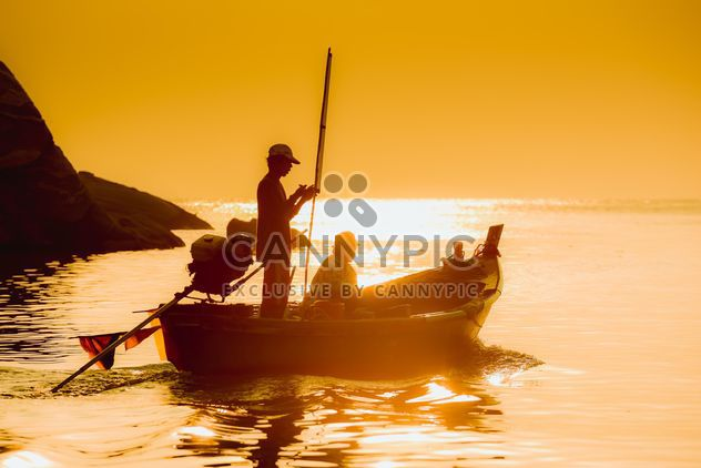 small fishing boat - Free image #198243